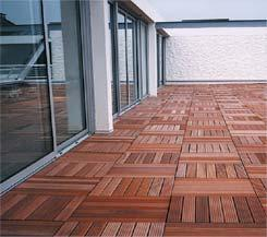 Euro dalles international produits caillebotis pour for Dalle bois terrasse 50x50