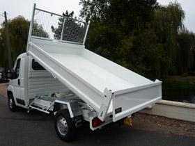 camion benne basculante hydraulique pour 3t5. Black Bedroom Furniture Sets. Home Design Ideas