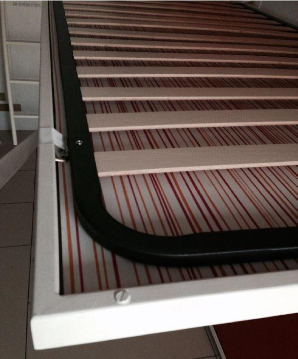 sommier metallique extra plat 140 190 cm. Black Bedroom Furniture Sets. Home Design Ideas