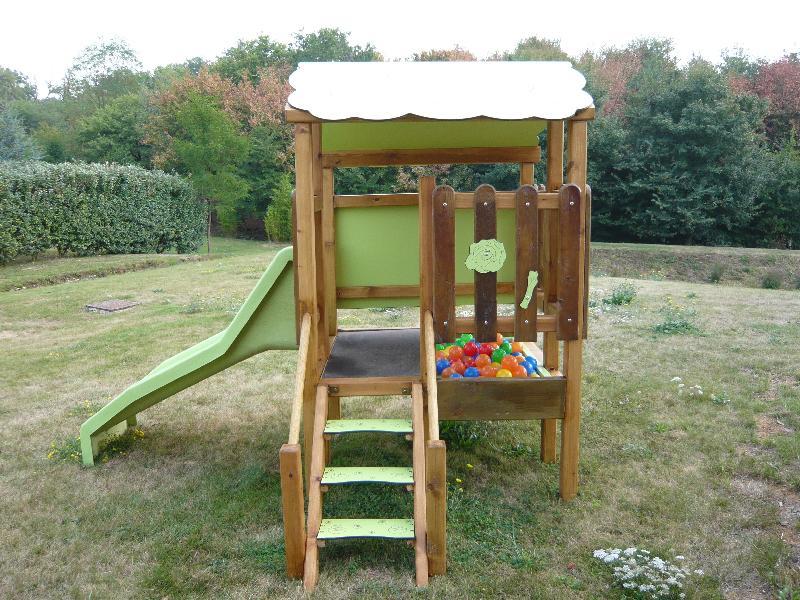 structure de jeux le te. Black Bedroom Furniture Sets. Home Design Ideas
