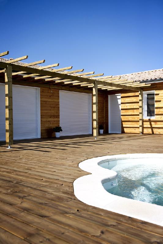 lames de terrasses tous les fournisseurs lame bois terrasse lame terrasse exterieure. Black Bedroom Furniture Sets. Home Design Ideas