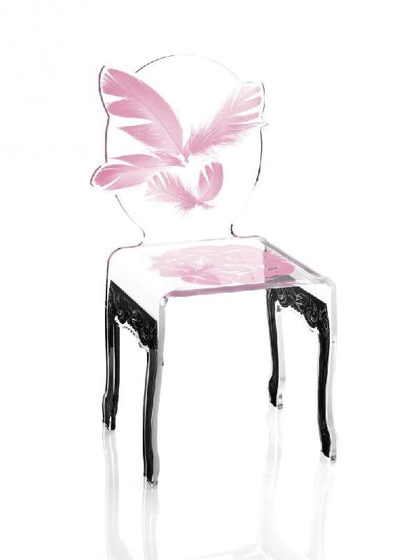 plume chaise design en plexi rose pietement noir par acrila. Black Bedroom Furniture Sets. Home Design Ideas