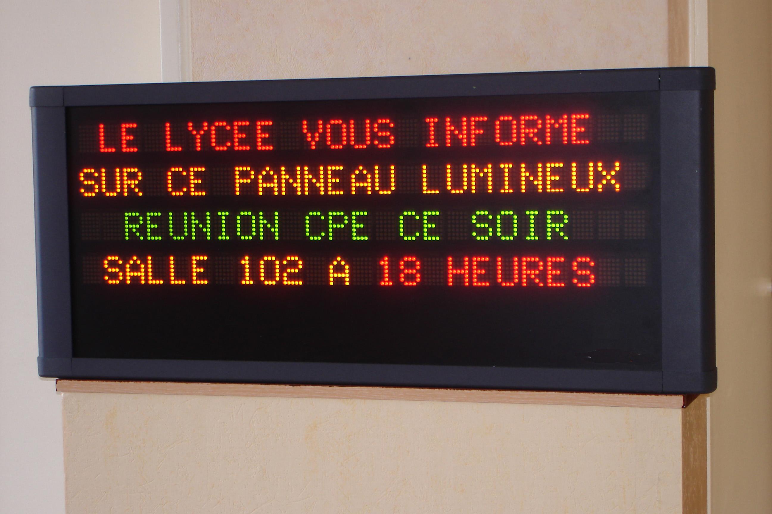 Panneaux lumineux a led tous les fournisseurs panneaux for Affichage lumineux exterieur