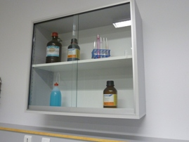 Meubles de laboratoire mural à 2 portes coulissantes vitrées