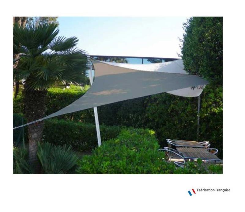 Toile d 39 ombrage triangulaire tous les fournisseurs de for Voile d ombrage trapeze