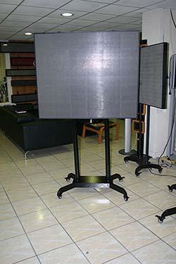 panneaux d 39 affichage video tous les fournisseurs. Black Bedroom Furniture Sets. Home Design Ideas