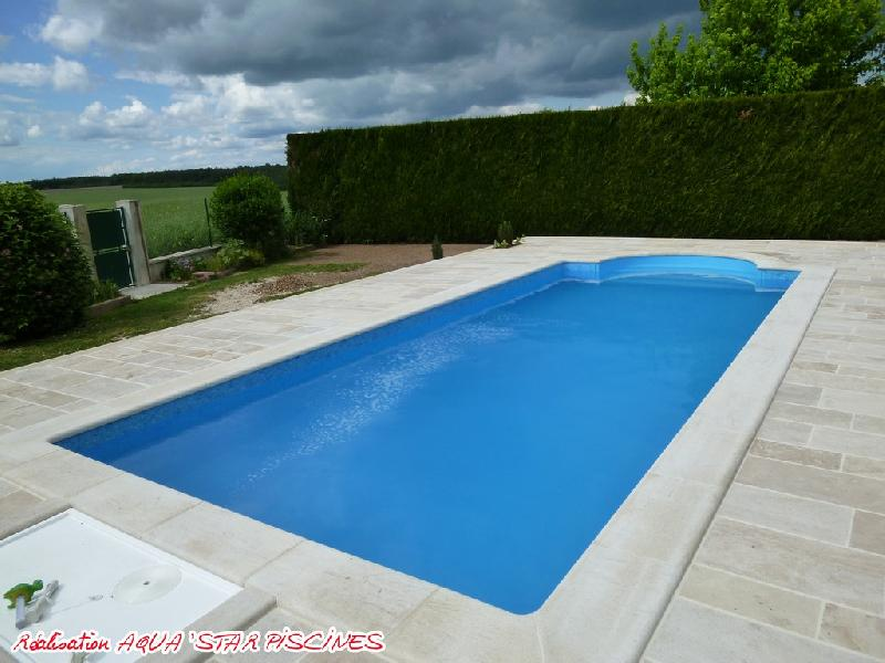 Piscine en kit beton aqua 39 star for Piscine kit beton
