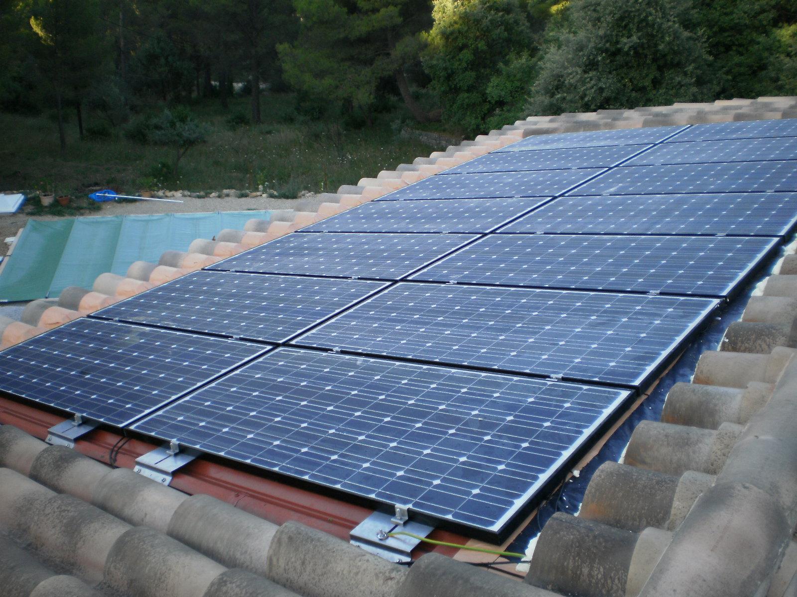 installation panneaux photovoltaiques. Black Bedroom Furniture Sets. Home Design Ideas