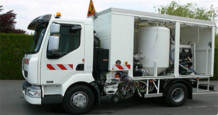 camion de tracage eryx. Black Bedroom Furniture Sets. Home Design Ideas