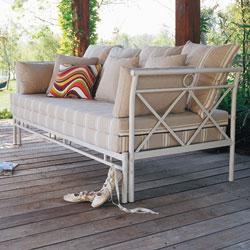canape lit salons cottage. Black Bedroom Furniture Sets. Home Design Ideas