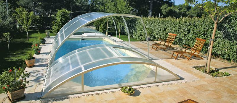 abri de piscine amovibles tout terrain. Black Bedroom Furniture Sets. Home Design Ideas