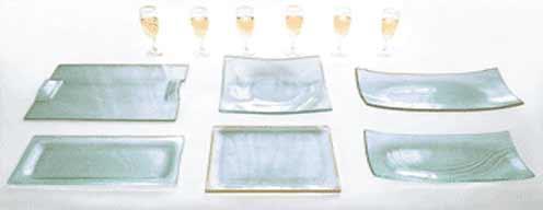 objet en verre pour la table plat a cake