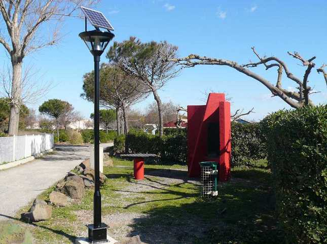 Lampadaires solaires pour l 39 eclairage public tous les fournisseurs lampadaires solaires pour for Poteau eclairage exterieur