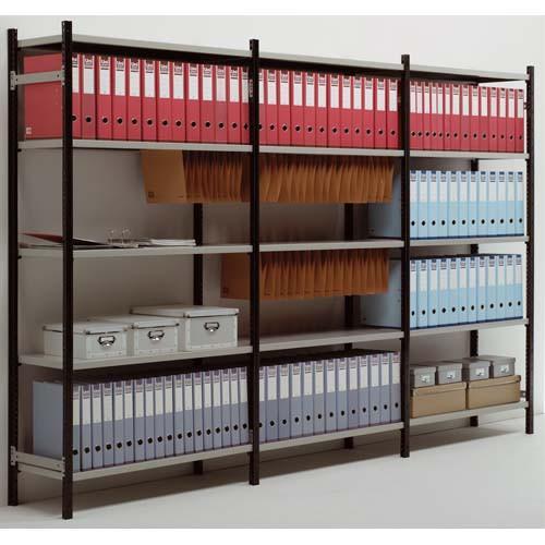 Rayonnage d'archive et bureau