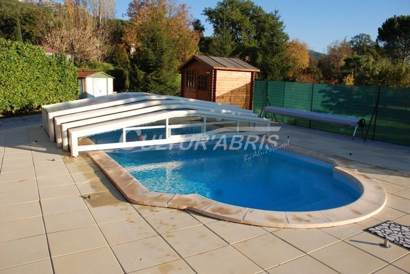 Abris de piscines tous les fournisseurs abri de piscine metal abri de piscine cintre for Fournisseur piscine