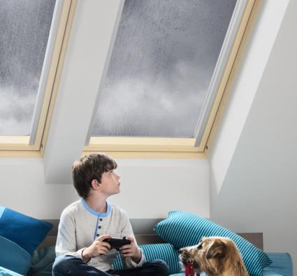 fenetres de toit tous les produits pr s de chez vous sur. Black Bedroom Furniture Sets. Home Design Ideas