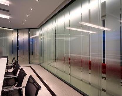 Cloisons acoustiques de bureau transparentes 5 for Cloison de bureau acoustique