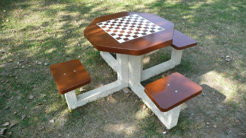 table de jeux d 39 echec. Black Bedroom Furniture Sets. Home Design Ideas