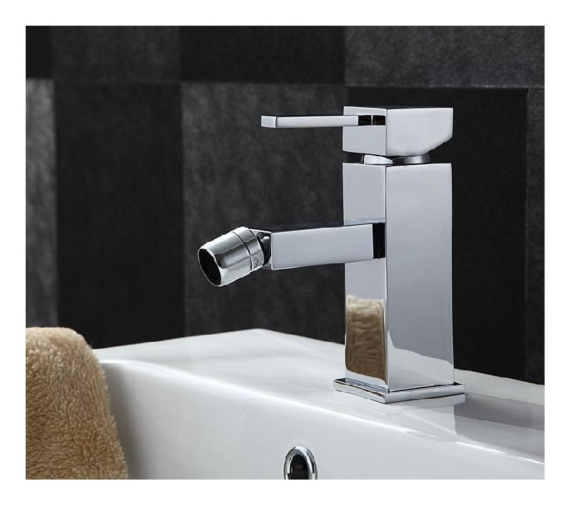 Robinet mitigeur pour lavabo de salle de bain ou bidet for Bidet salle de bain