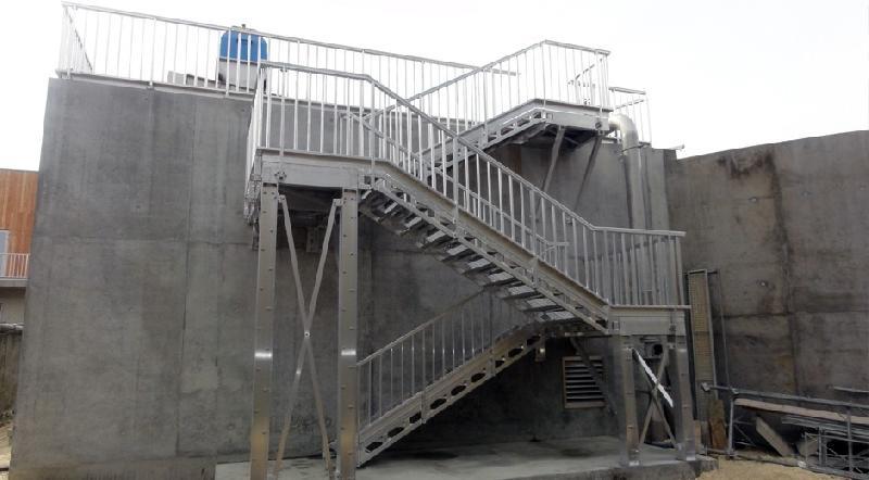 Escaliers droits tous les fournisseurs escalier classique escalier simp - Escalier industriel occasion ...
