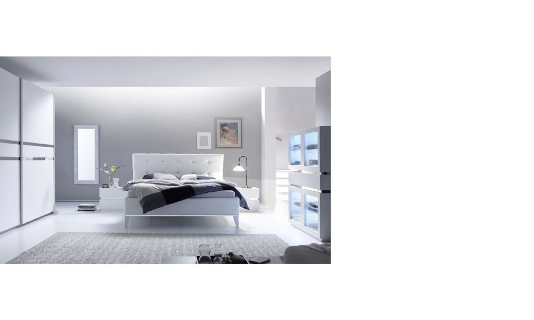 Chambre adulte design laque blanc et chrome arla for Chambre adulte laque blanc