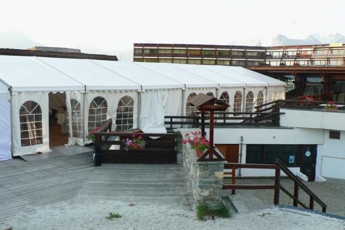 Tente pour restaurant for Fournisseur vaisselle restaurant