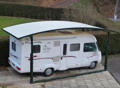 Abri camping-car ouvert PVC Acier / structure en acier / toiture arrondie en plastique