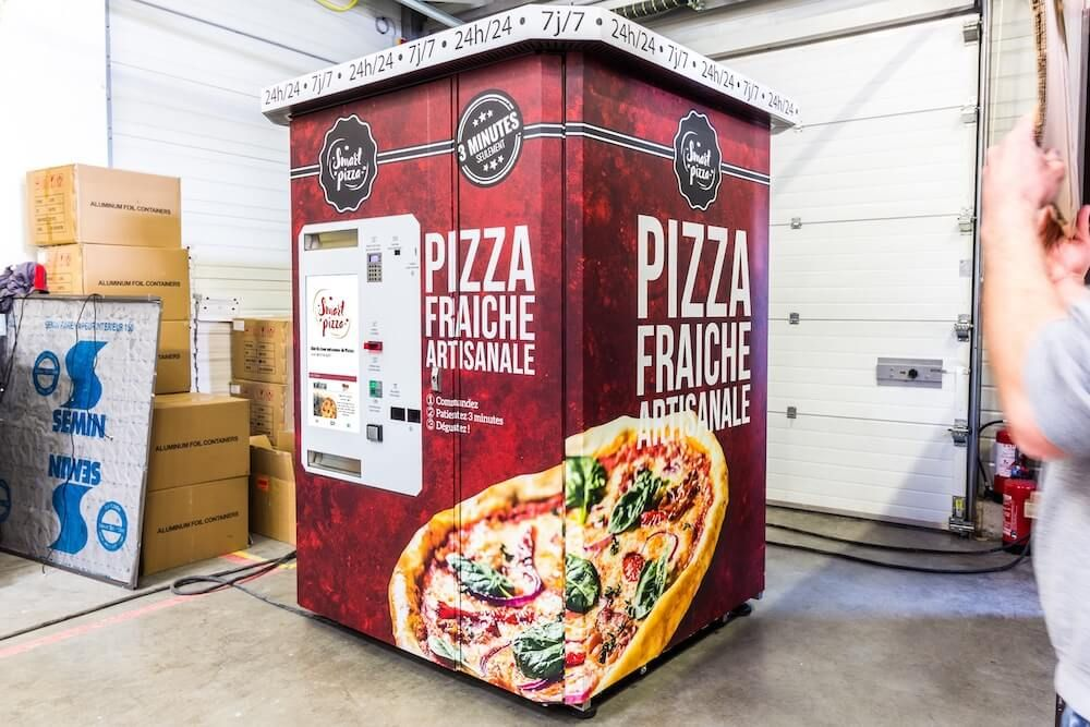 Smart pizza - distributeurs automatiques sur mesure - api tech - capacité de 64 à 96 pizzas