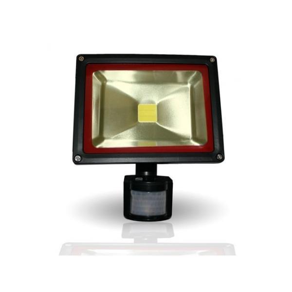 Projecteurs d 39 clairage ext rieur comparez les prix pour for Norme eclairage parking exterieur