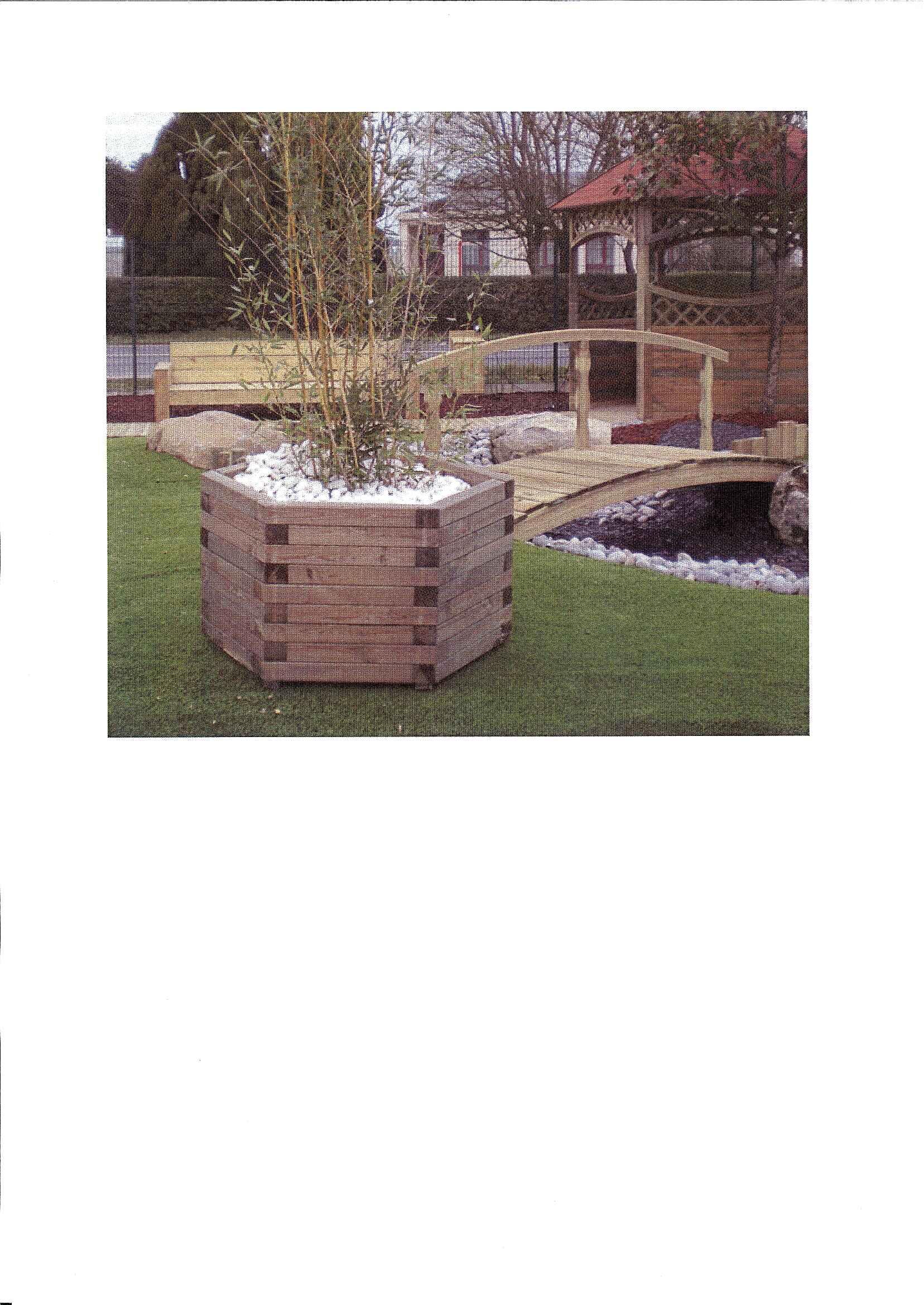 jardiniere patio bois. Black Bedroom Furniture Sets. Home Design Ideas