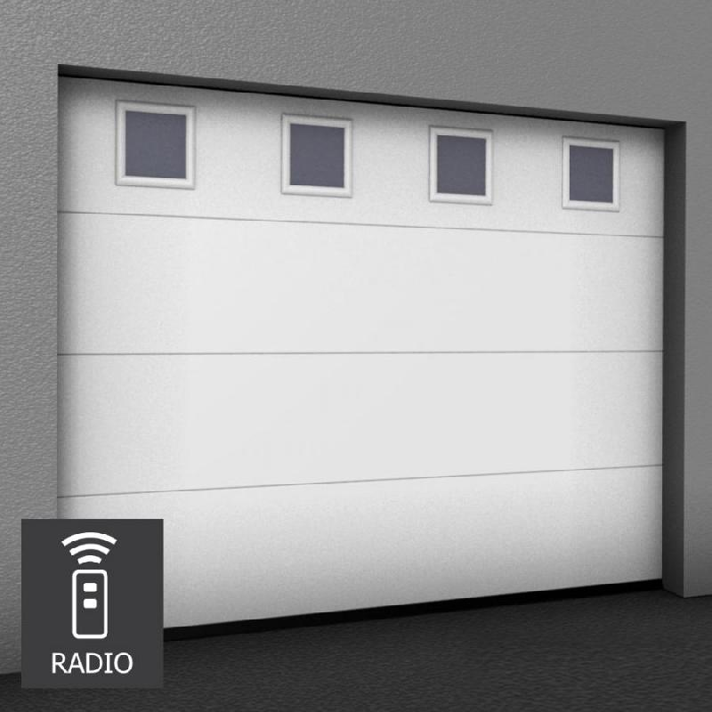 Porte de garage sectionnelle sur mesure motorisee hublots for Porte de garage 2 battants sur mesure