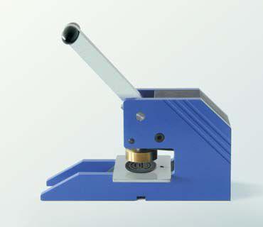Presse manuelle pour marquage de timbre microset