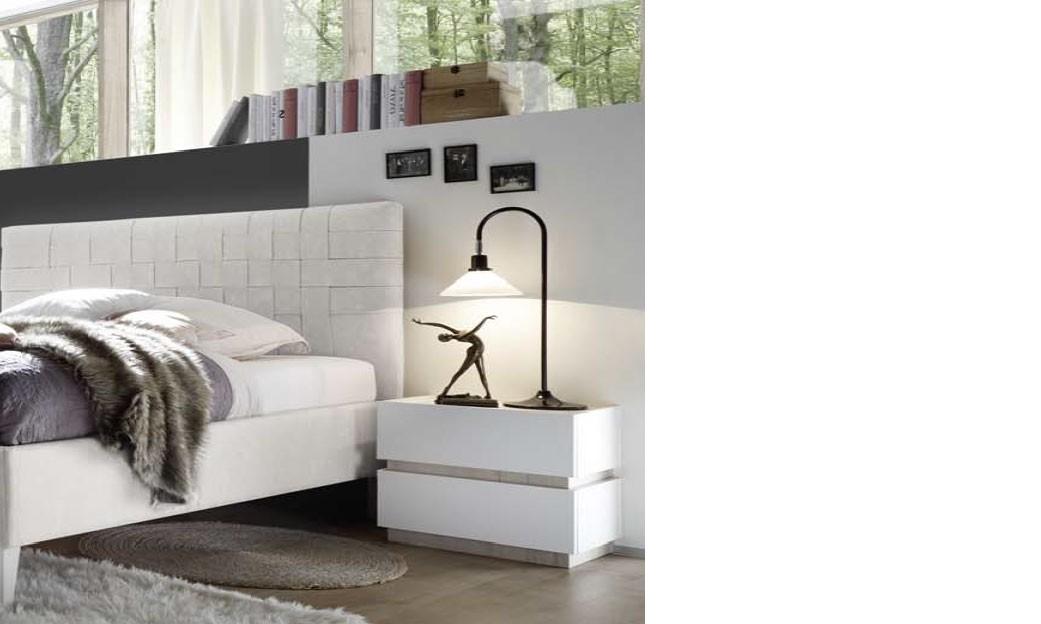 h comme home produits table de chevet. Black Bedroom Furniture Sets. Home Design Ideas