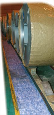 Rouleau absorbant renforcé double épaisseur pour hydrocarbures 44m x 48 cm