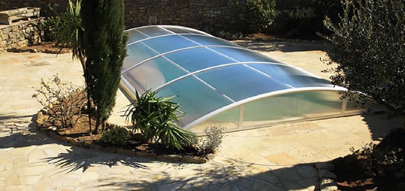 abri de piscine cintre amovible. Black Bedroom Furniture Sets. Home Design Ideas