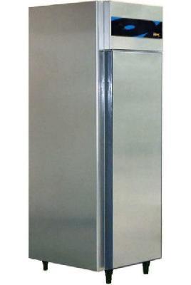 ARMOIRE CHAUDE GN 1/1 - 1 PORTE + 63°C DEMONTABLE  -  550 LITRES -  SIMPLE ACCES