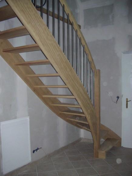 Escalier avec balustres en inox ref 1003 - Hauteur rampe escalier ...