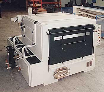 Machine de nettoyage par aspersion r 18