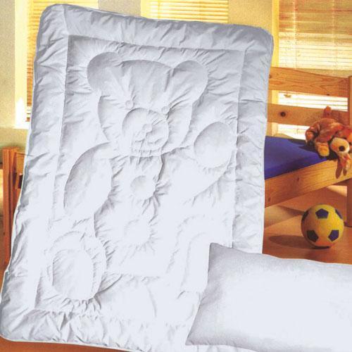 oreiller et couette pour lit bebe. Black Bedroom Furniture Sets. Home Design Ideas