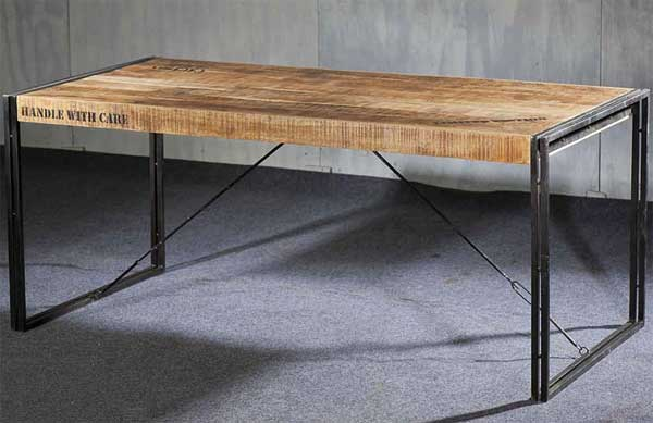 Table de salle a manger style industriel - Table de salon industriel ...