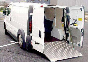 rampe de chargement pour vehicule renault trafic. Black Bedroom Furniture Sets. Home Design Ideas