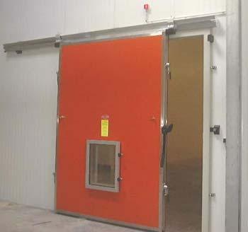Porte pivotante chambre froide