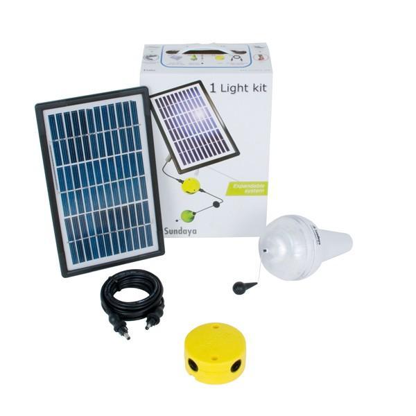 KIT ÉCLAIRAGE SOLAIRE 1 LAMPE ULITIUM 200