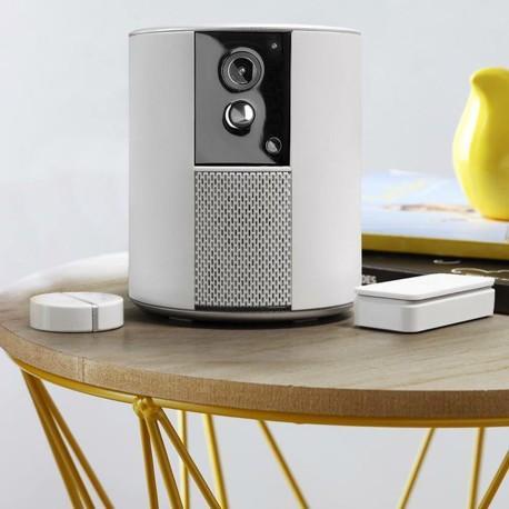 somfy one solution d 39 alarme avec vid o surveillance 2401493 comparer les prix de somfy one. Black Bedroom Furniture Sets. Home Design Ideas