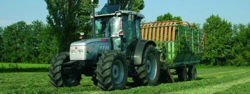 TRACTEUR AGRICOLE TECHNOLOGIQUE - XB 85-95