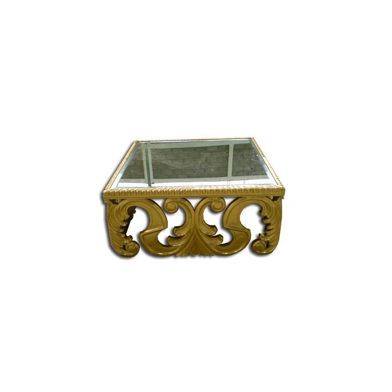 table basse baroque sculptee en bois doree. Black Bedroom Furniture Sets. Home Design Ideas