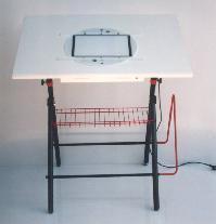 Table à dessin ani0072