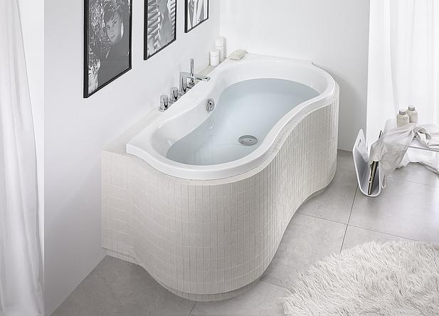 Baignoires d 39 angle tous les fournisseurs baignoires for Baignoire asymetrique 160x70