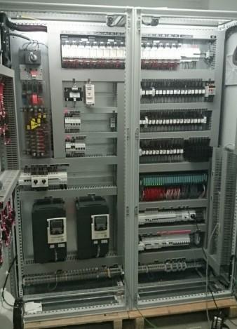Ferelec produits armoires electriques industrielles - Cableur d armoire electrique ...