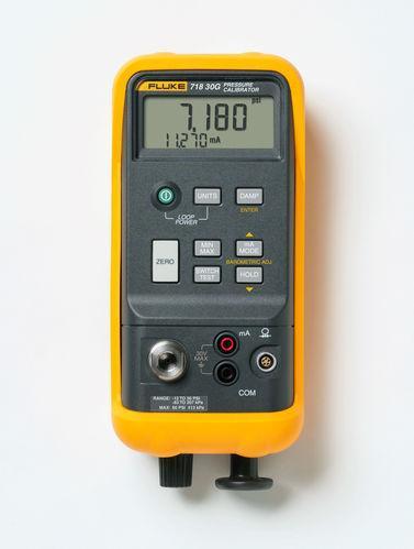 Calibrateur de pression portatif, pompe intégrée, mesure courant 0-24ma